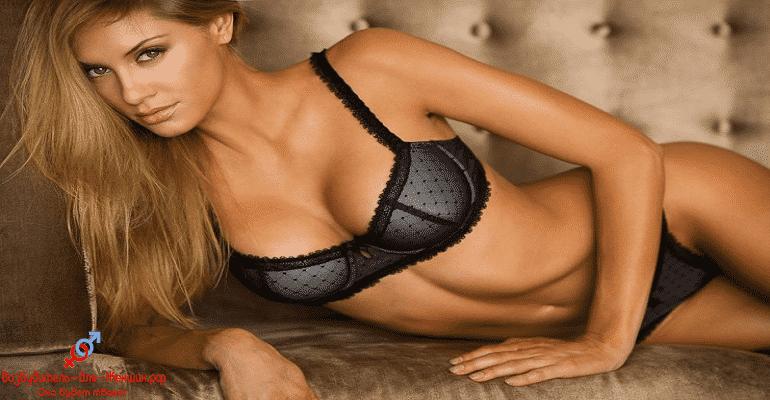 Сексуальная блондинка